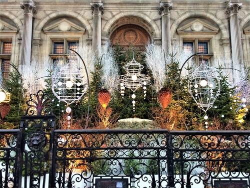 パリのクリスマスデコレーション