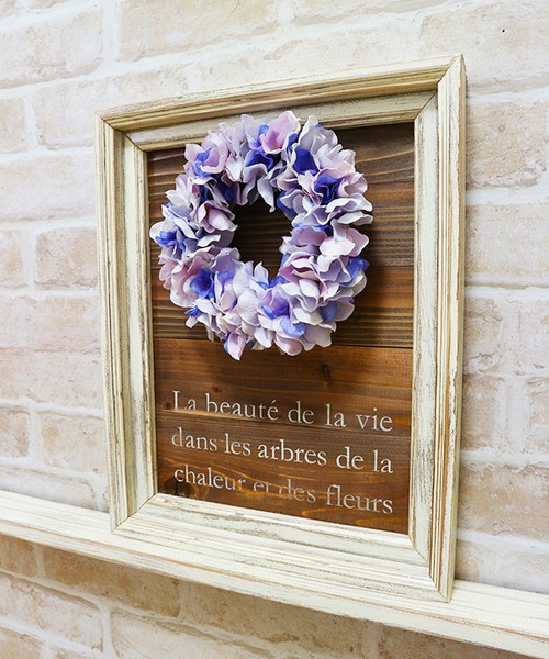Flower wreath and Woodbase 01