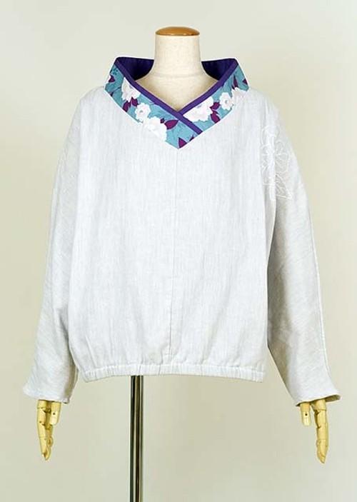 gouk 着物襟で葉牡丹の刺繍が入った布帛トップス GGD27-H006 GY/M