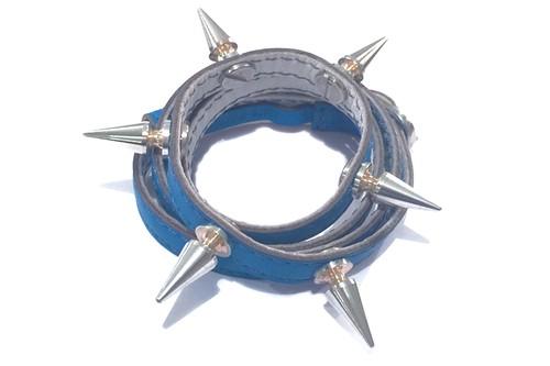 銀スタッズ4重レザーブレス(ブルー) ☆数量限定品