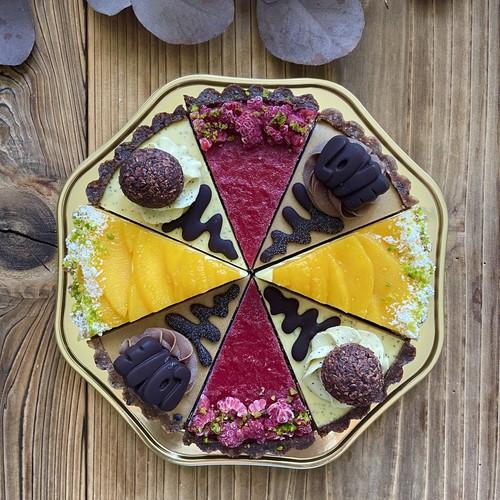 【ご予約のお客さま専用です】季節のローケーキ アソートセット Vol.21
