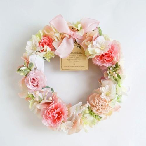 カーネーションとピンクのバラのアートリース