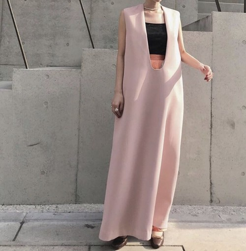 Deep U neck dress /Pink