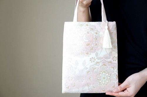 【桜色シルク帯 シルク帯 ミニサブバック フォーマルバック】日常使い、結婚式、パーティーに。