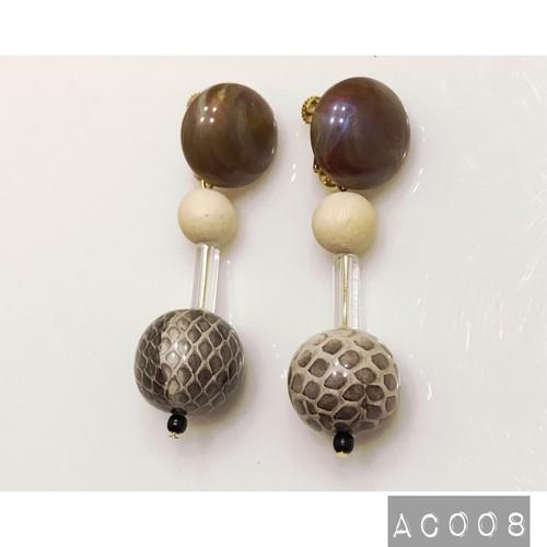 AC008 ビンテージビーズイヤリング