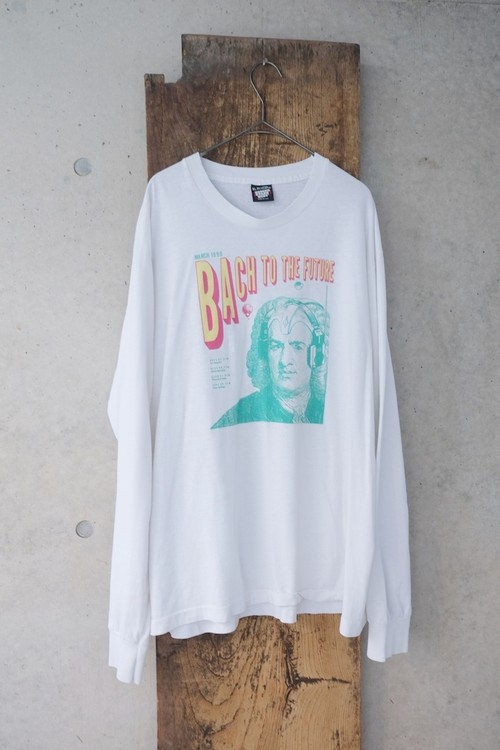 BUCH TO THE FUTURE tee.