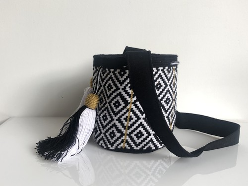 ワユーバッグ(Wayuu bag) Exclusive line Sサイズ