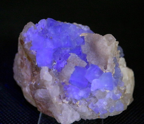 蛍石 ニューメキシコ アメリカ産 フローライト 原石 129,7g FL114 鉱物 天然石 パワーストーン
