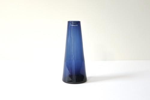 vintage NUUTAJÄRVI SH105 flower vase  / ヴィンテージ ヌータヤルヴィ SH105 フラワーベース