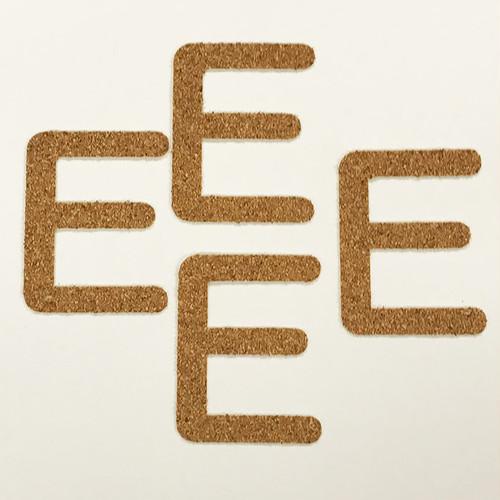 切り文字 A&Cペーパー コルク 粘着付 アルファベット「E」