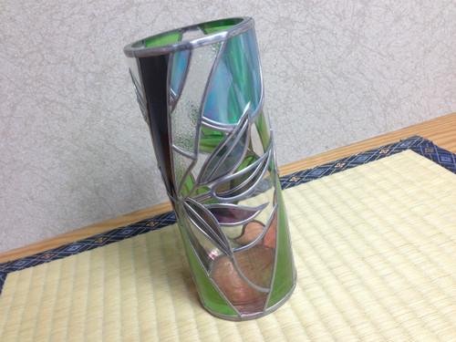『夜竹の花瓶』