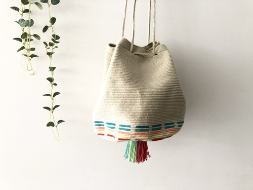 ワユーバッグ(Wayuu bag) Exclusive line Mサイズ Kinchaku