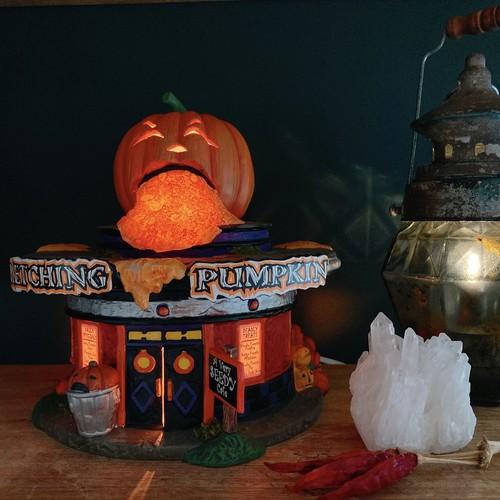 Department 56 pumpkin diner パンプキンダイナー ハロウィン フィギュア ミニチュア 置き物 置物 インテリア アメリカ