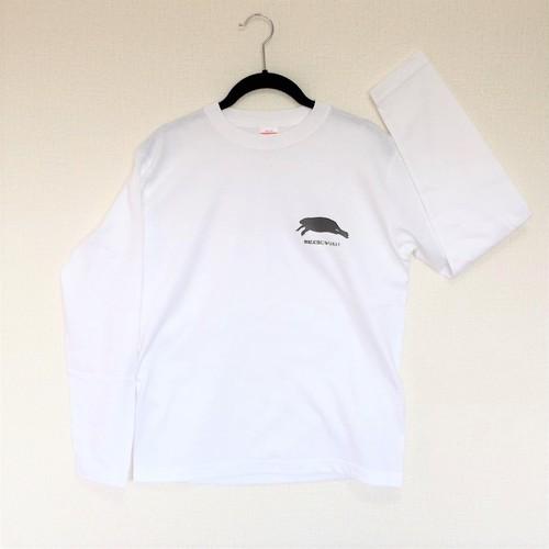 カピバラになりたい人のためのTシャツ~控えめ~(白背景なし)【長袖】