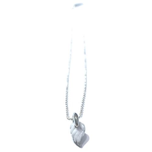 天然石のプチ羽根のネックレス(ホワイトターコイズ)
