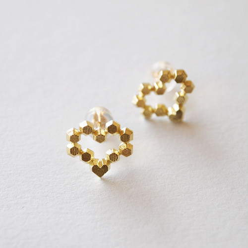 Hex stud earrings - Heart