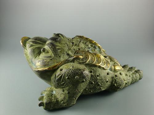【値下げ】置物 カエル 縁起物