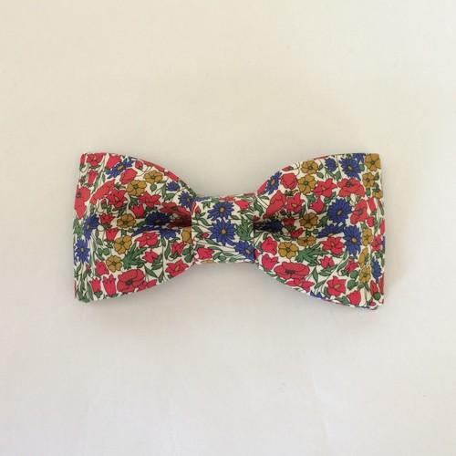 花束の蝶ネクタイ