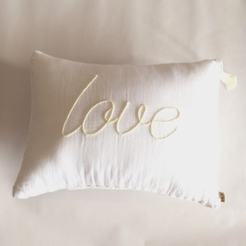 Message Cushion Love