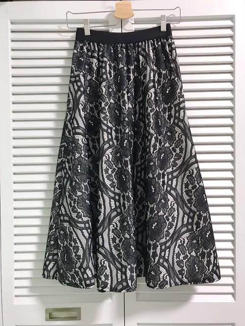 お花レースのゴージャススカート