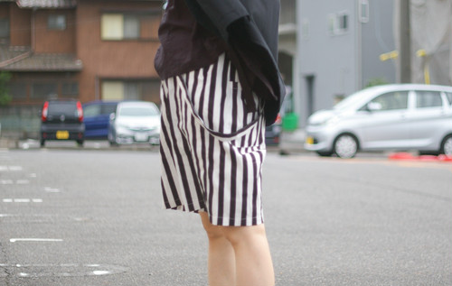 Ladies' / striped SHORTS with strap