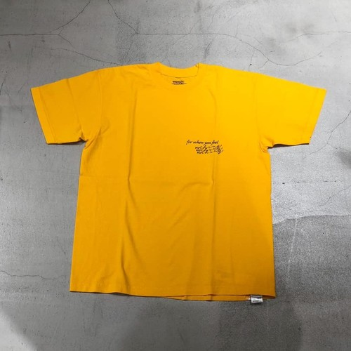magic moments - nothing TEE - GOLD