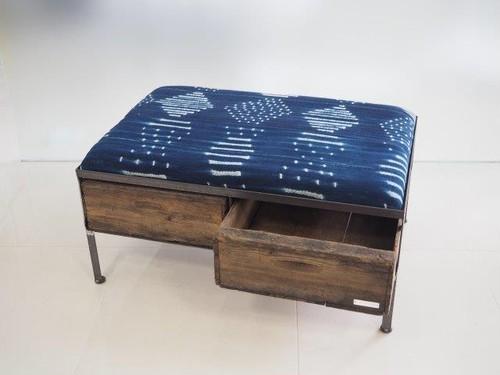 品番UAIW-113  2drawer ottoman[wide/African indigo batik tribal]