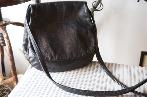 MAPLE black leather layered saddle Bag