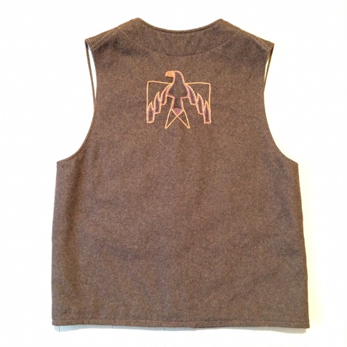 Embroidery wool vest / Medium / Brown