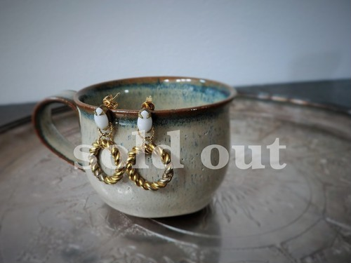 vintage pierced earrings <PE-WHTW1>