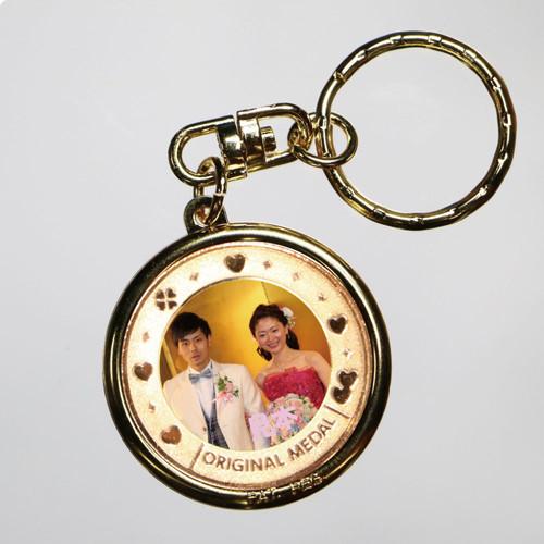 ブライダル引き出物 オリジナル記念キーホルダー/結婚式/披露宴にオリジナル記念メダル