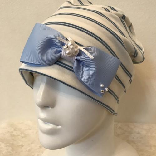 盛りパールとリボンのケア帽子 水色×白