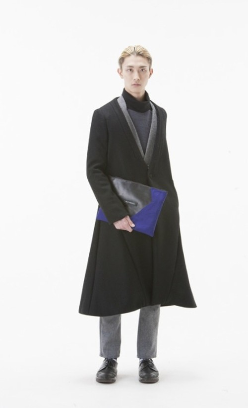 NICK NEEDLES LONG COAT BLACK