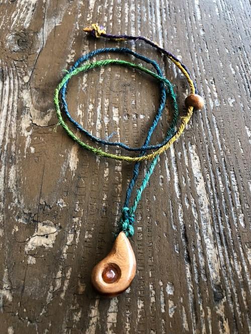 屋久杉の縄文ネックレス