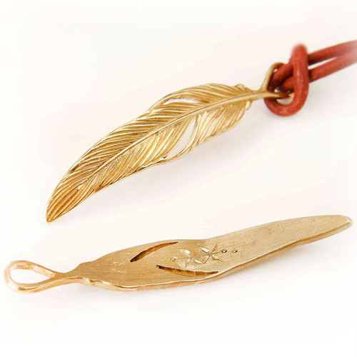 Art Feather necklace