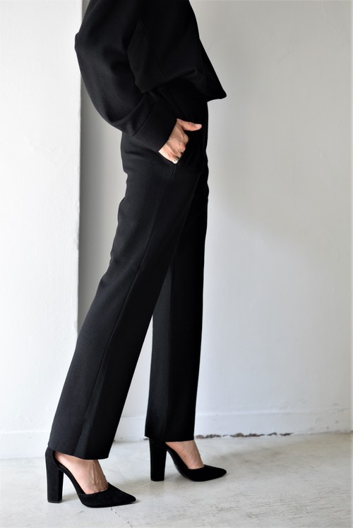UNDECORATED / S140 WOOL KNIT PANTS (black)
