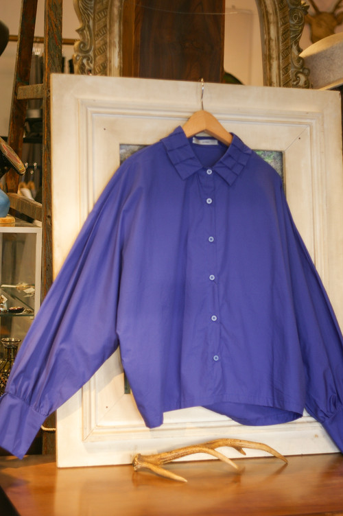 Ladies' / pleated collar SHIRT