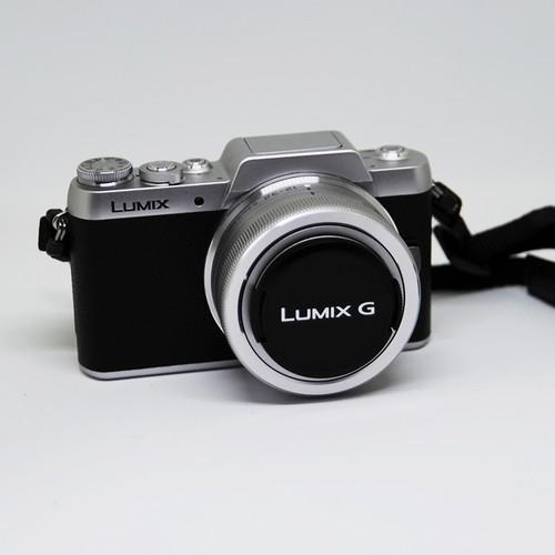 【2泊3日レンタル】パナソニック ミラーレス一眼カメラ DMC-GF7W-S
