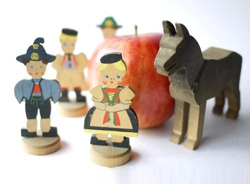 子供とおおかみ木製人形 人形遊びドールハウス遊び