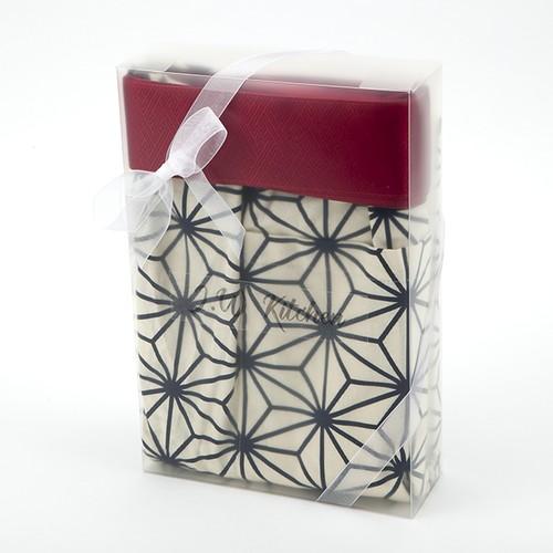 【期間限定】プレゼントに!名前刺繍入り和柄高級エプロンB(お好きなエプロン+ネーム刺繍+ラッピング)