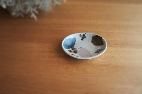 砥部焼/楕円小皿/木の葉