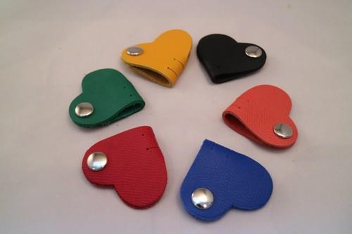 【即納品】ハートをモチーフにした6Colorのコードホルダー(Heart)