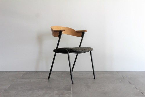 danis short arm chair Natural x chuckle mosh brown