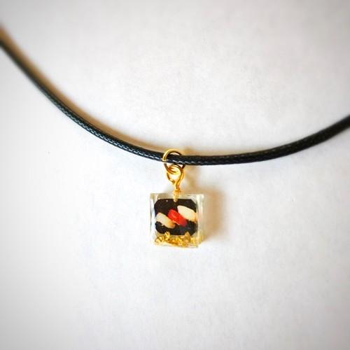 和風チョーカーネックレス ミニチュア寿司3貫 Japanese style choker necklace Miniature sushi Nigiri 3 pieces
