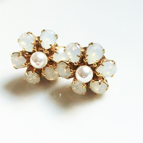 Flower Pierce(white)