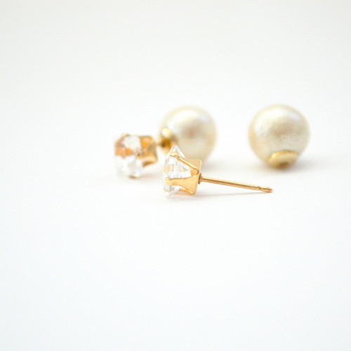 14kgf White Topaz Cottonpearl Catch Pierce