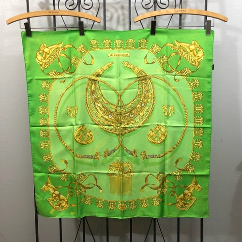 .HERMES CARRES90 LES CAVALIERS D'OR LARGE SIZE SILK 100% SCARF MADE IN FRANCE/エルメスカレ90 黄金の騎士 シルク100%大判スカーフ 2000000030357