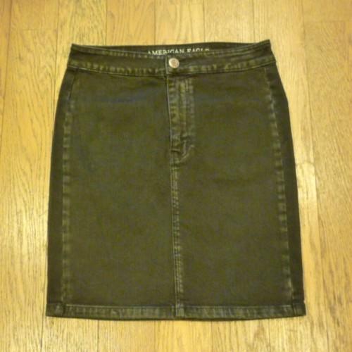 ★送料無料 !! AMERICAN EAGLE OUTFITTERS の古着 デニムスカート (6) ブラック SUPER STRETCH