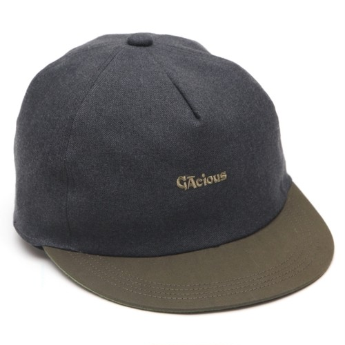 GACIOUS TWO-TONE 5PANEL CAP CHARCOAL×OLIVE