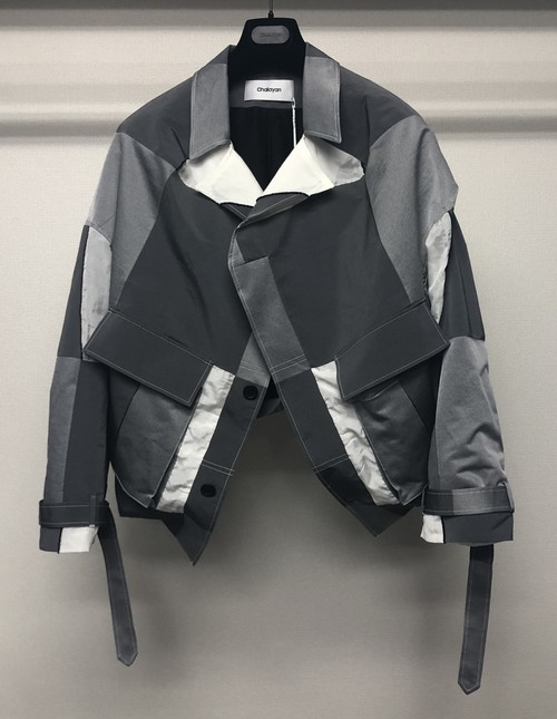 CHALAYAN COLLARLESS PULLED BACK BLOUSON GREY